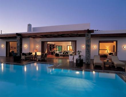 destinatii vacanta exotic lux piscina plaja