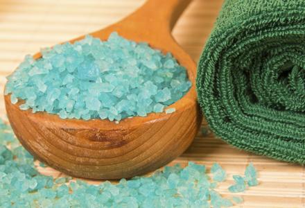 scrub pentru corp cu sare de mare
