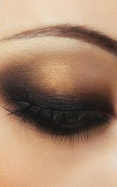 Obtine Un Machiaj Smoky Eyes Perfect