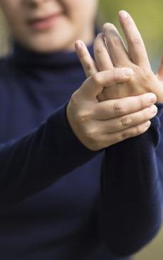 Artrita reumatoida: cauze, simptome, diagnostic, tratament