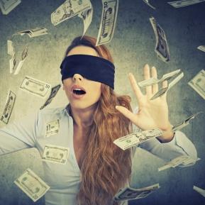 Dragostea sau banii? Ce aleg zodiile în viață?