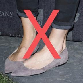 Nu mai purta balerini cu blugi! Uite ce pantofi să porți cu jeanși pentru a fi în trend!
