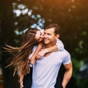 Singurele cupluri din zodiac care vor rămâne împreună până la sfârșitul anului