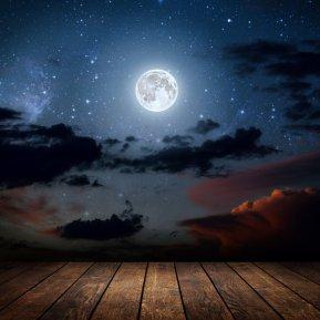 Luna Nouă din 17 martie schimbă viața zodiilor