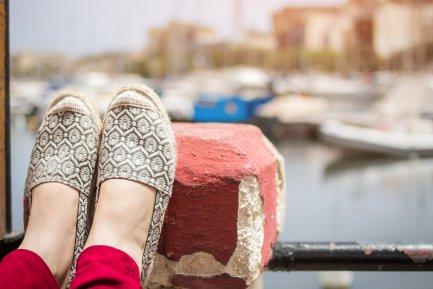 Espadrilele și tenișii sunt OUT! Cum arată pantofii primăverii 2018