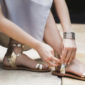 Sandalele clasice nu mai sunt la modă! Uite cu ce vor fi înlocuite