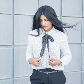 Un stilist celebru a dezvăluit care sunt hainele care te îmbătrânesc