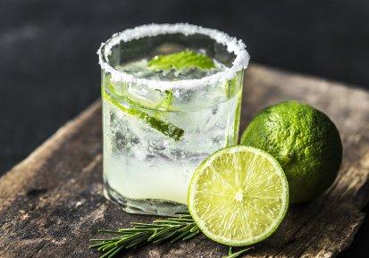 Bacterie ucigașă în cocktail-urile servite într-o celebră destinație de vacanță