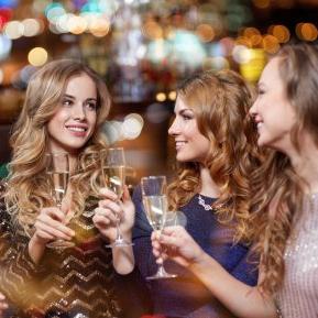 5 zodii care nu vor avea pe cine să sărute în noaptea de Revelion