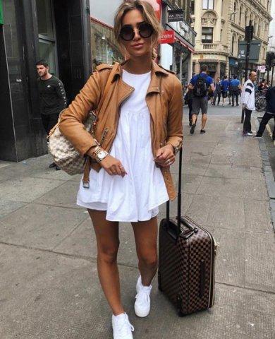 Rochie și jachetă din piele