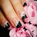Model unghii negre Kory Nails