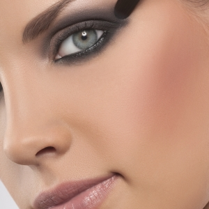 Smoky eyes ochi albastri