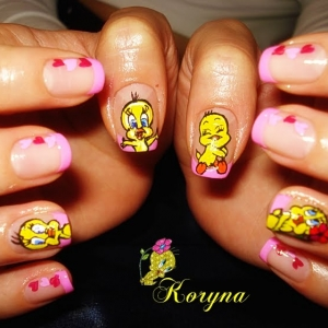 Model unghii cu desen by Kory Nails