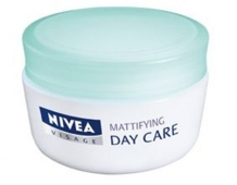 Crema matifianta Nivea Day Care