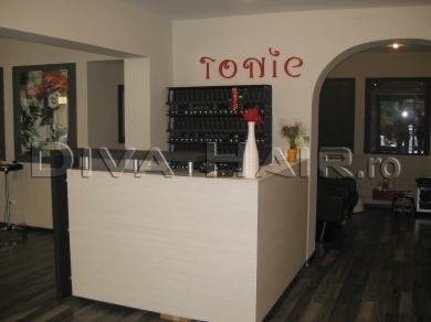 Tonic Salon & Spa