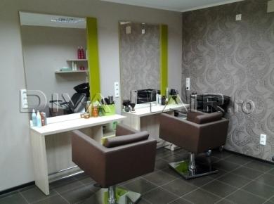 Salon christine coiffure salon de coafura din favorit for Salon christine coiffure