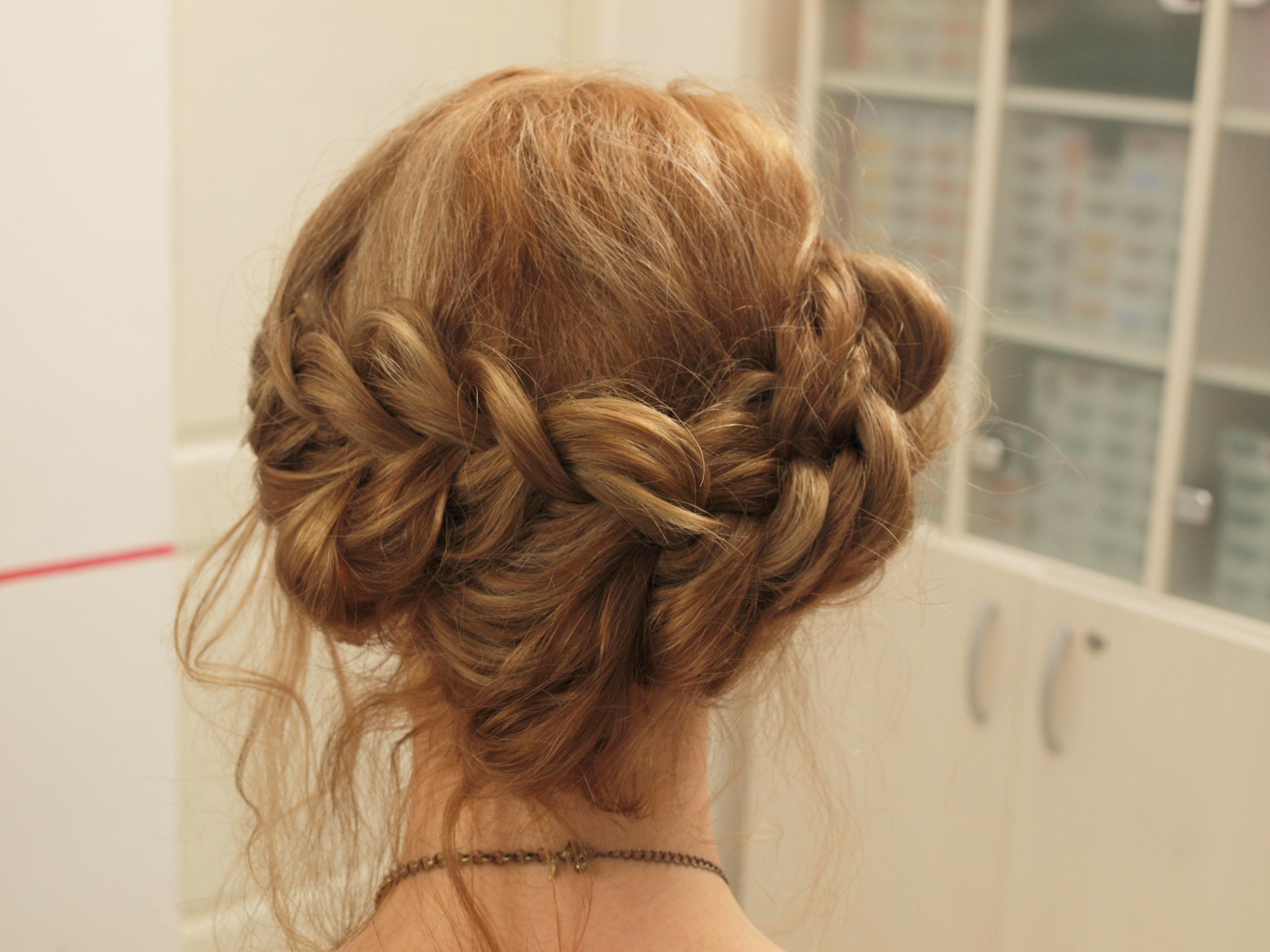 Вечерние причёски с косой фото